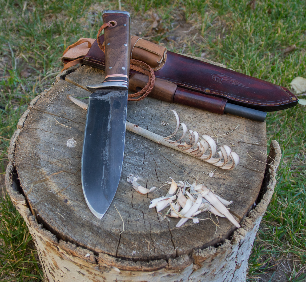 Bushcraft Knife Mediocre Mountaineering