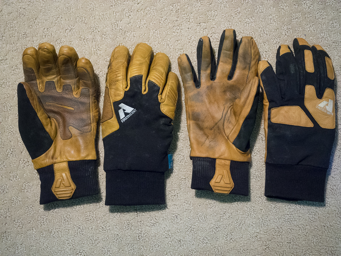 Guide Gloves (left) and Guide Lite Gloves (right)