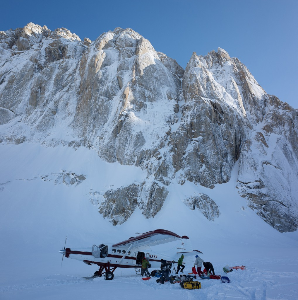 Talkeetna Air Taxi Otter below the Moose's Tooth
